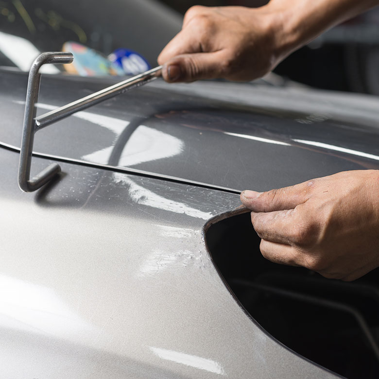 Smart-Repair-Service-CarforceOne-Bayreuth-Ilyas-Gel